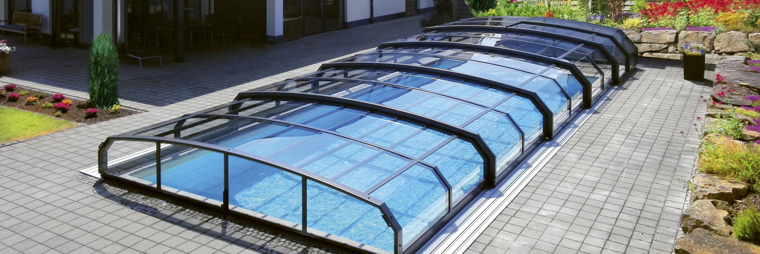 hero-pool-enclosure-oceanic-low-conkover-03